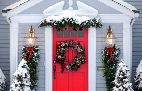 The Symbolism of Red Front Doors and Wreaths